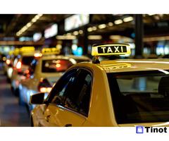 В таксопарк требуются водители на постоянную работу (не аренда)